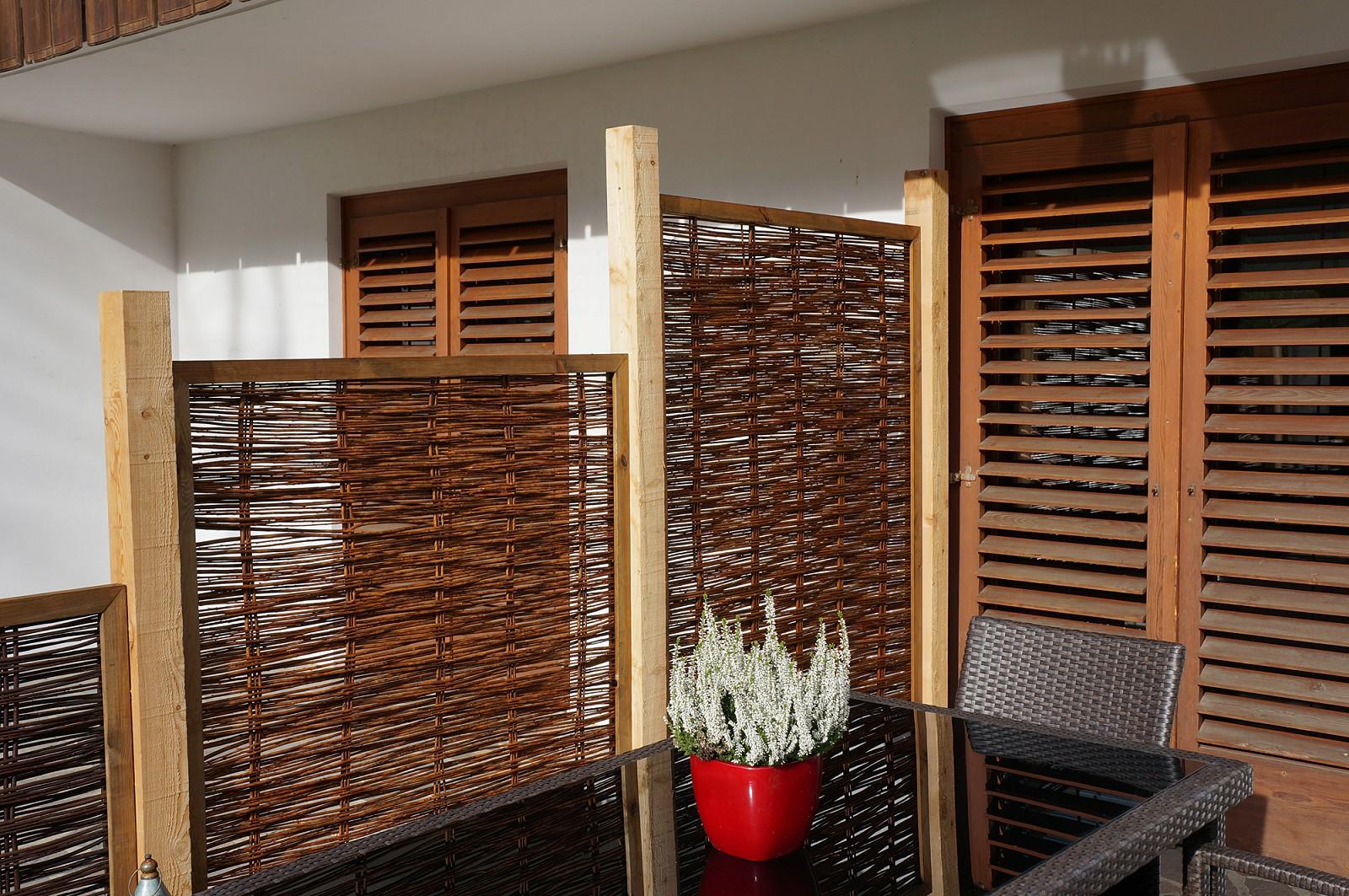 sichtschutz schneider holz boden. Black Bedroom Furniture Sets. Home Design Ideas